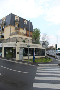 Local commerciale de 80m² A LOUER - NOISY-LE-GRAND